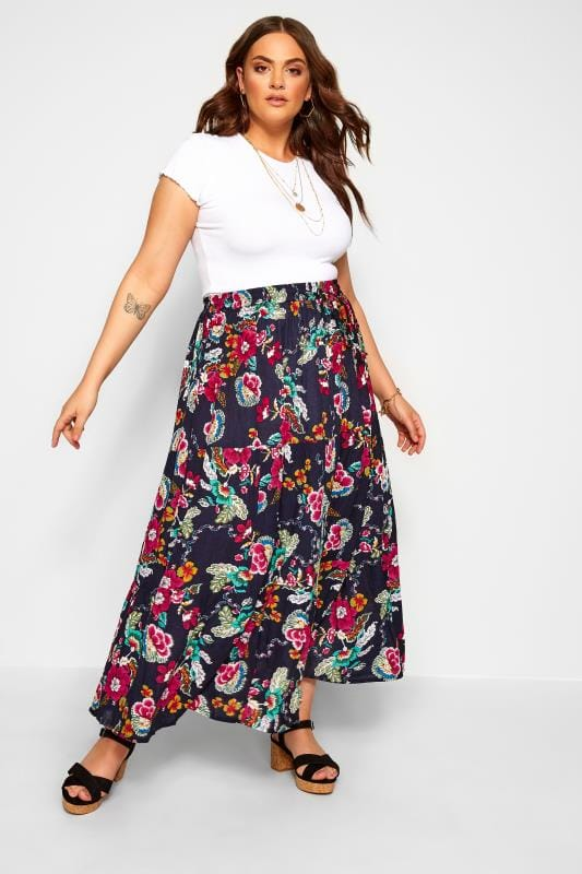 Plus-Größen Maxi Skirts Navy Floral Crinkle Tiered Maxi Skirt
