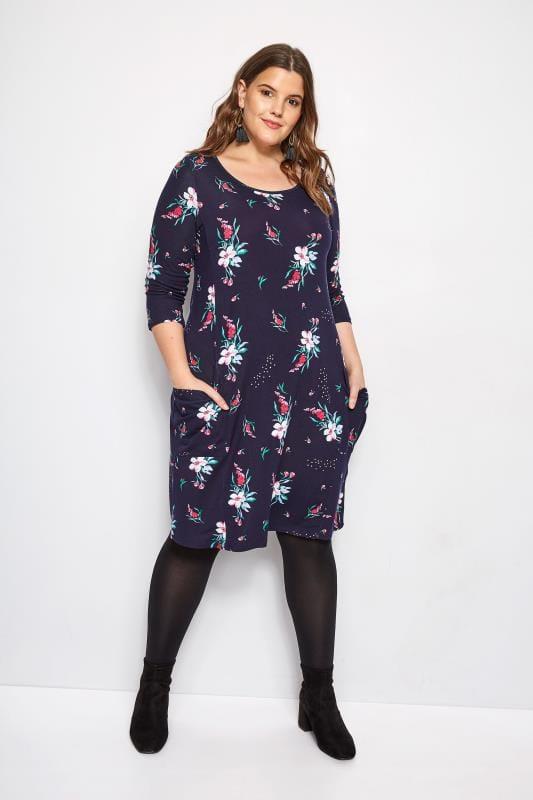 Kleid mit Taschen - Dunkelblaues Blumenmuster