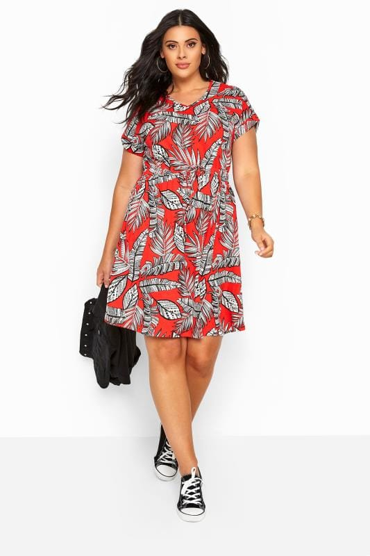 Plus Size Midi Dresses Red Tropical Print T-Shirt Dress