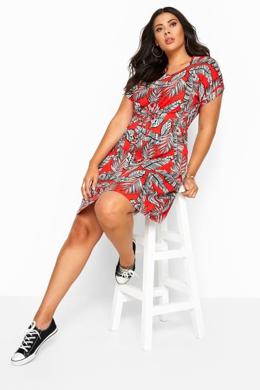 Red Tropical Print T-Shirt Dress