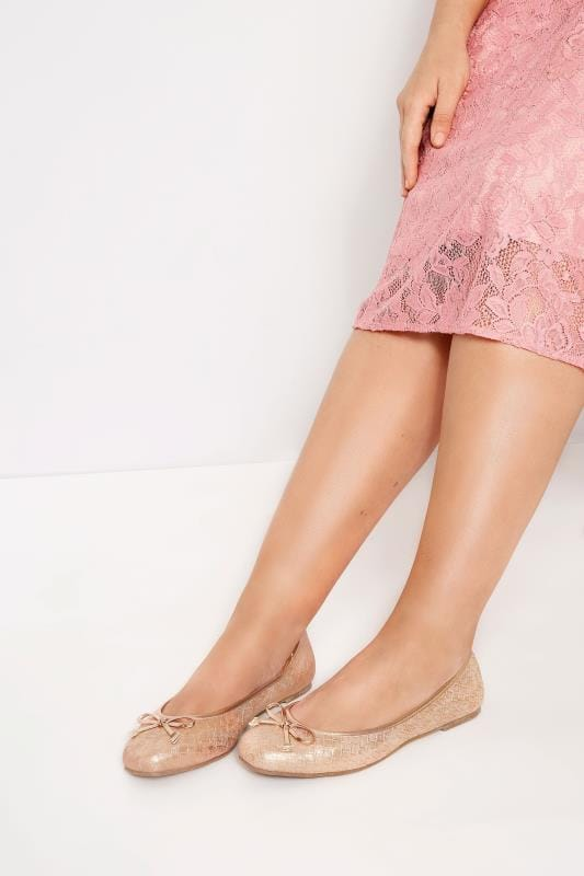 Wide Fit Flat Shoes Rose Gold Textured Ballerina Pumps In Extra Wide Fit