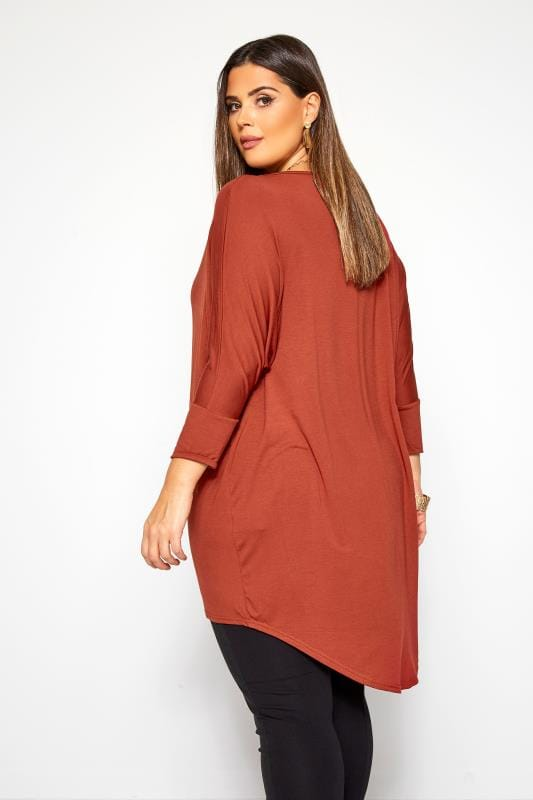 Rust Extreme Dipped Hem Top