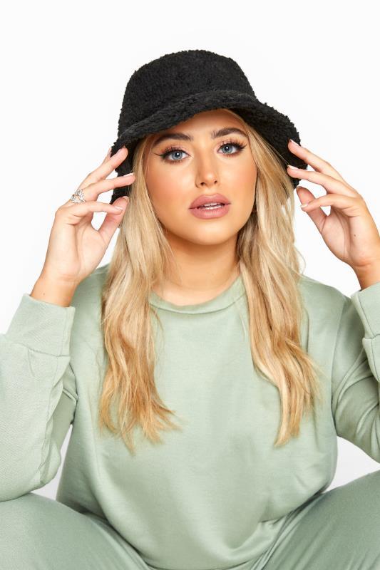 Plus Size  Black Teddy Fur Bucket Hat
