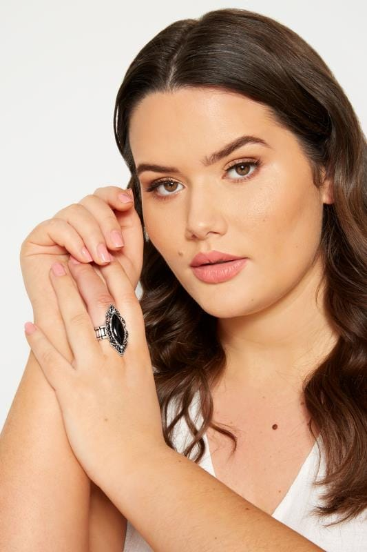 Plus Size Jewellery Silver & Black Embossed Stone Ring