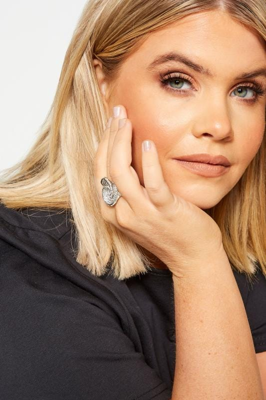 Plus-Größen Beauty Silver Diamante Twist Stretch Ring