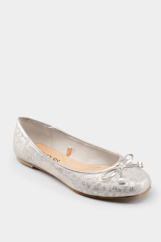 Silver Textured Ballerina Pumps In Extra Wide Fit