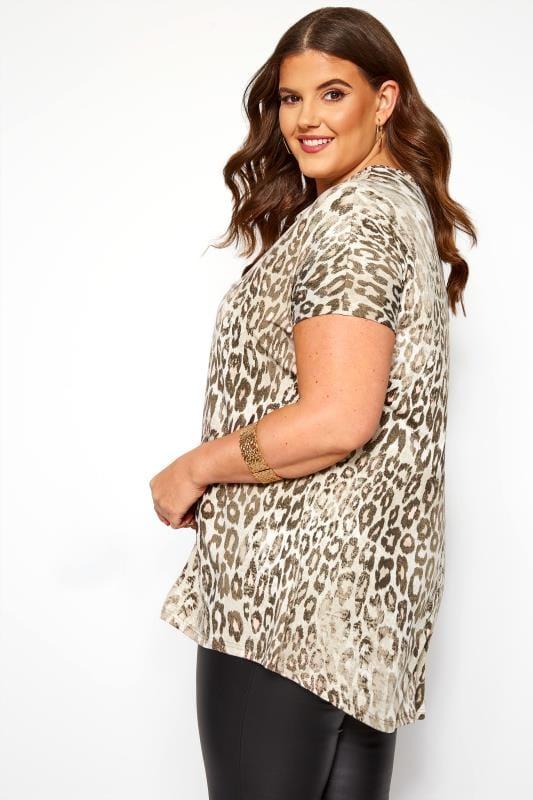Stone Leopard Print Dipped Hem T-Shirt