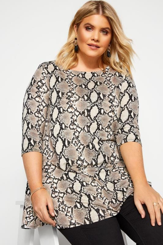 Plus Size Jersey Tops Stone Snake Print Swing Top