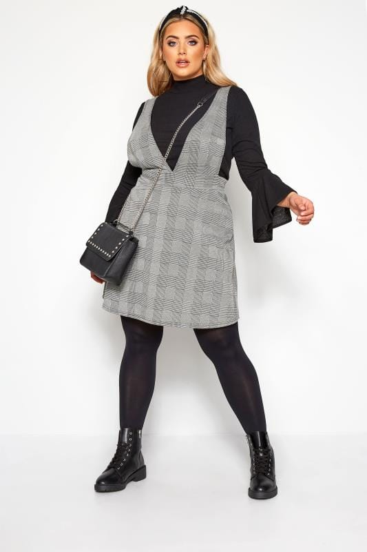 Plus-Größen Pinafore Dresses LIMITED COLLECTION Grey Check Pinafore Dress