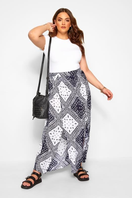 Plus Size Beauty White & Blue Tile Print Split Maxi Skirt