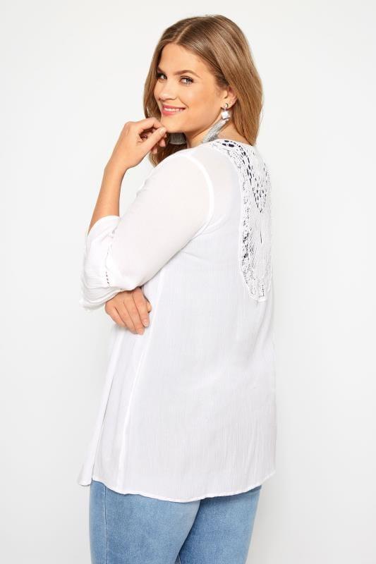 Große Größen Kimonos Leichter Cardigan mit Häkeleinsatz - Weiß