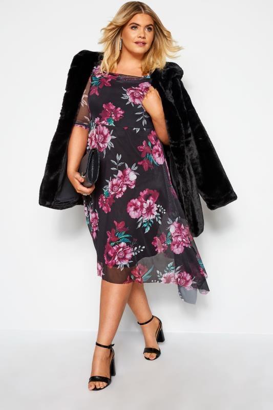 YOURS LONDON - Asymmetrische mesh jurk met roze bloemenprint in zwart