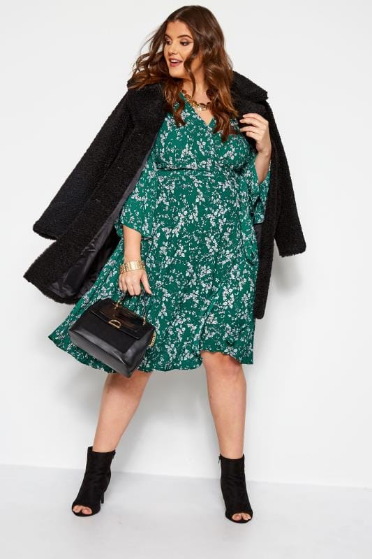 YOURS LONDON Green Ditsy Floral Wrap Dress