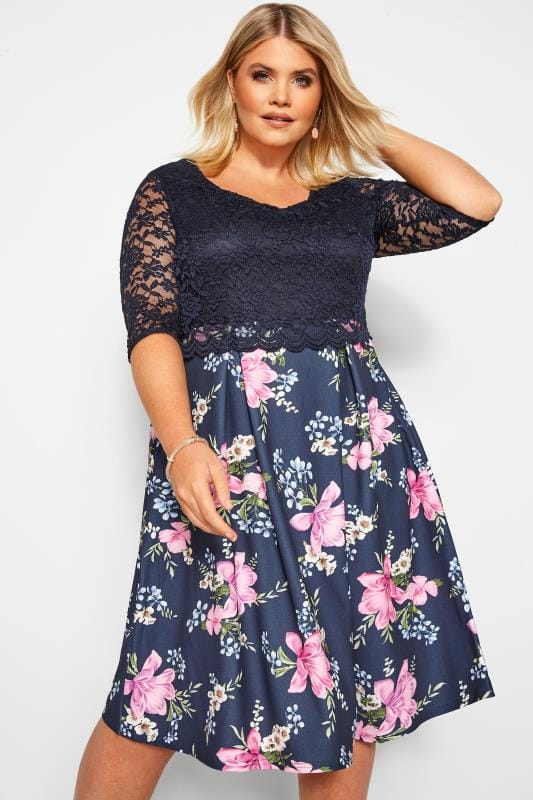 Floral Dresses Grande Taille YOURS LONDON Navy Floral Lace Overlay Skater Dress
