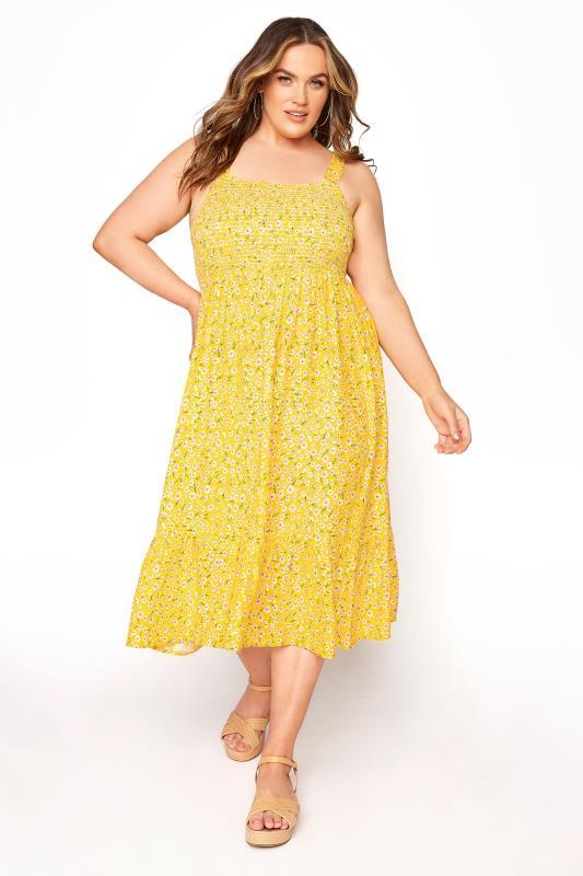 Plus Size  Yellow Floral Sleeveless Shirred Dress