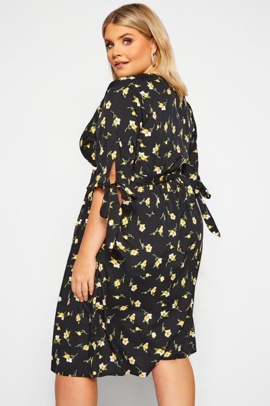 Wickel-Kleid mit Blumen-Muster - Schwarz/Gelb   Yours Clothing