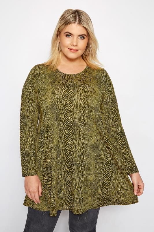 Plus Size Jersey Tops Yellow Snake Swing Top