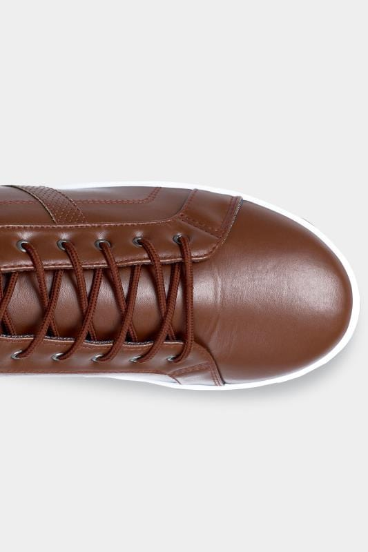 D555 Brown Faux Leather Trainers