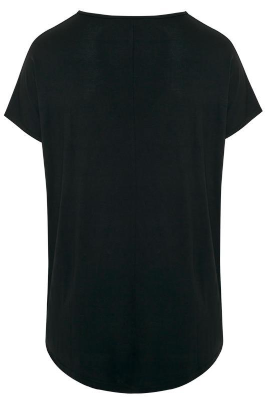 Black 'Merry Kissmass' Slogan Lips Print Christmas T-Shirt