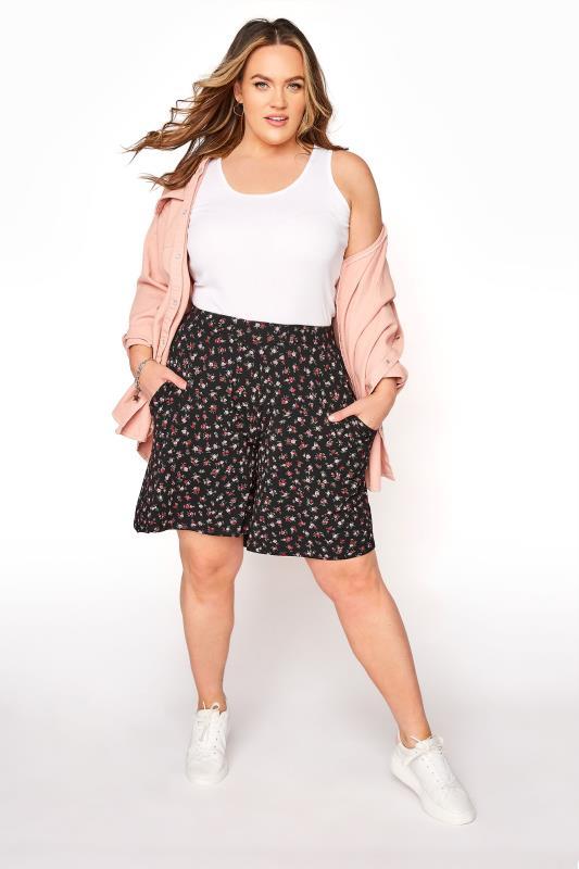 Black Floral Print Jersey Shorts_B.jpg