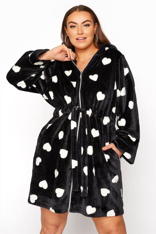 Plus Size  Black Heart Print Zip Dressing Gown