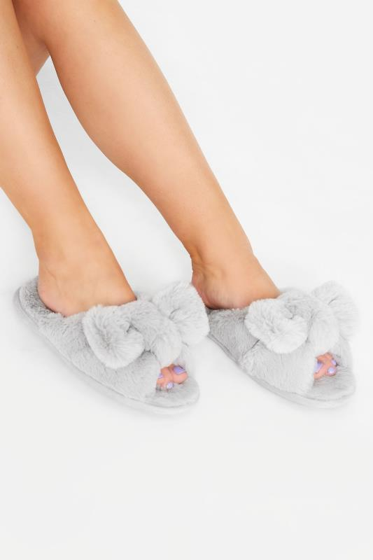 Plus Size  Grey Vegan Faux Fur Bow Slippers In Regular Fit