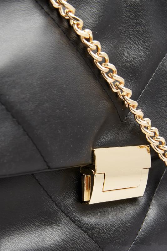 Black Quilted Chevron Chain Crossbody Bag_D.jpg