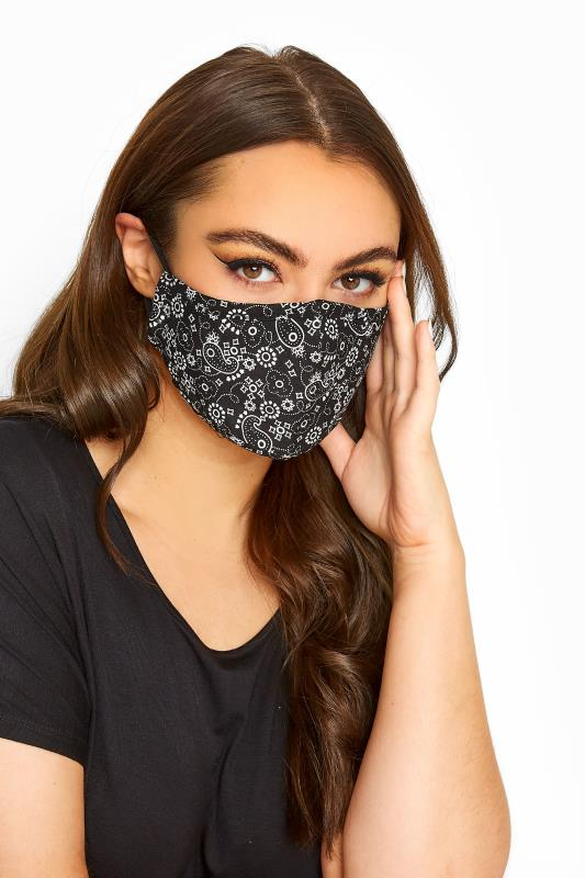 Plus Size  Black Paisley Print Filtered Face Mask