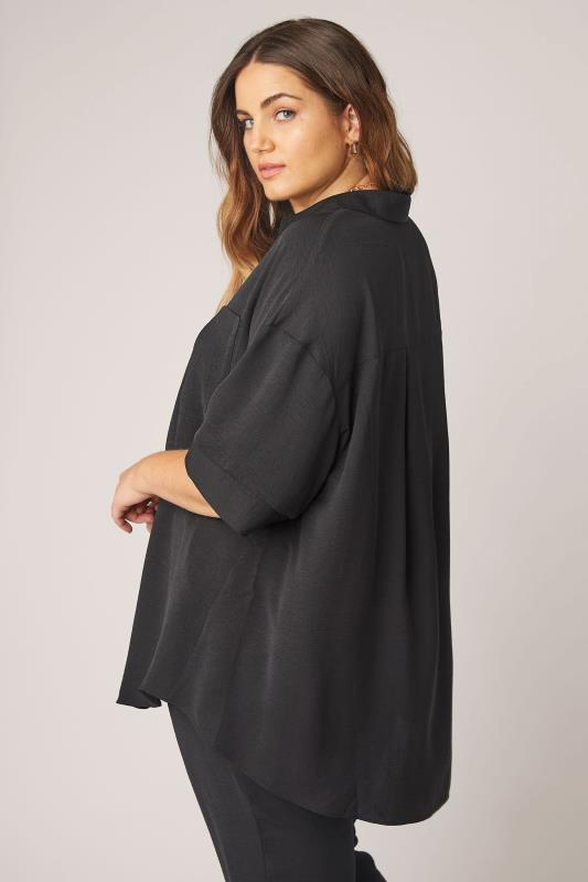 THE LIMITED EDIT Black Pleated Front Top_C.jpg