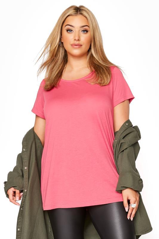 Plus Size  Pink Basic T-Shirt