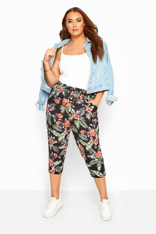 Plus Size Cropped Trousers Black Floral Hawaiian Print Cropped Trousers