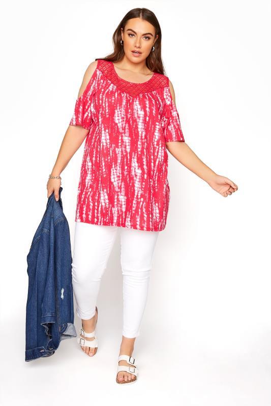 Pinkfarbenes Cold Shoulder Shirt mit Spitze & Batik Print