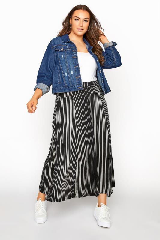 Plus Size  Black Printed Pocket Skirt