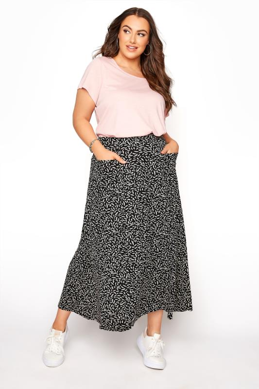 Plus Size  Black Printed Maxi Skirt