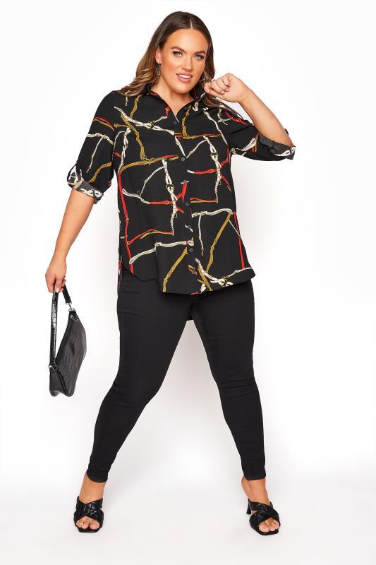 Lang geschnittene Bluse mit Ketten Print, Schwarz