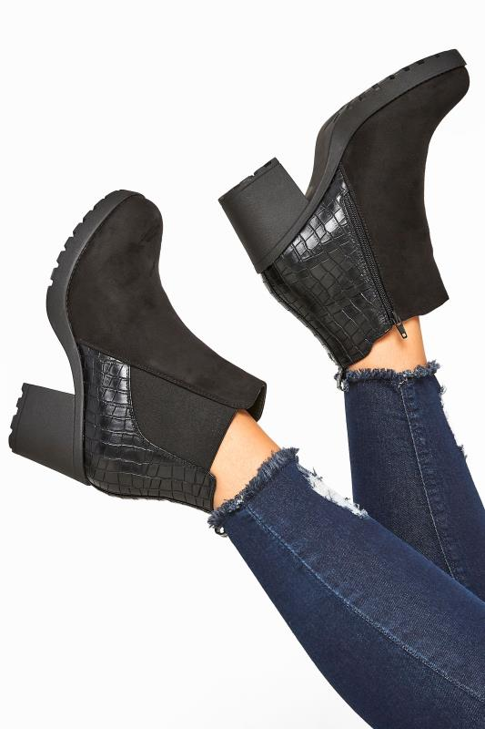 Wide Fit Boots Black Faux Suede Croc Effect Heeled Chelsea Boots In Extra Wide Fit