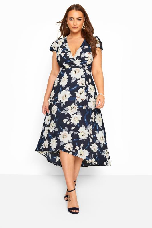 Plus-Größen Floral Dresses YOURS LONDON Navy & White Floral Wrap Dress
