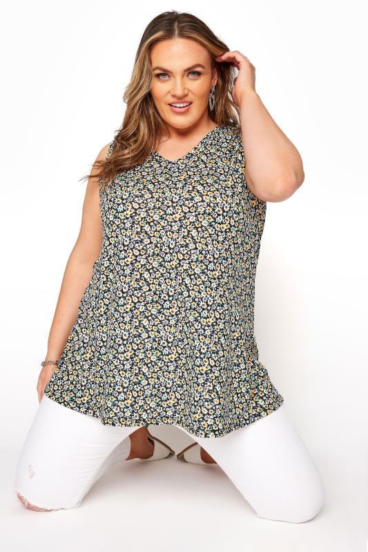 Plus Size  Multi Floral V-Neck Vest