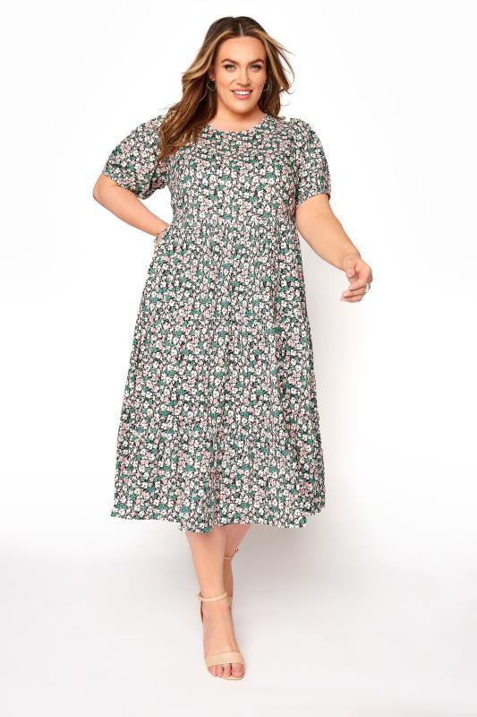 Großen Größen  Green Floral Short Puff Sleeve Tiered Dress