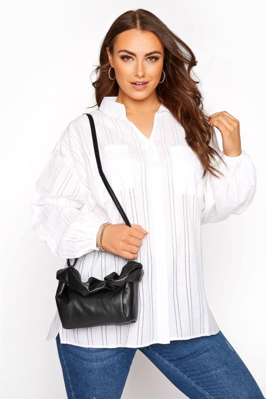 Tallas Grandes Black Ruched Handle Bag