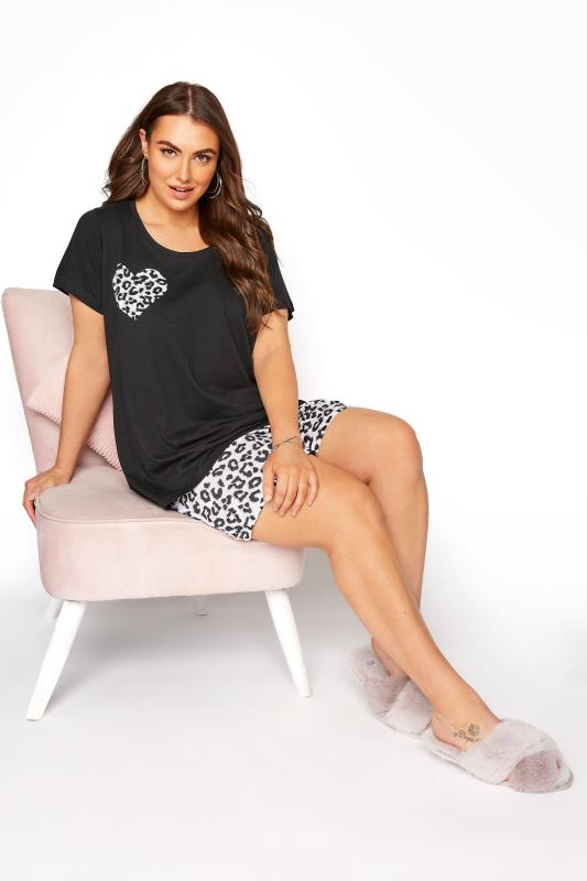 Tallas Grandes Black Leopard Print Heart Pyjama Shorts Set