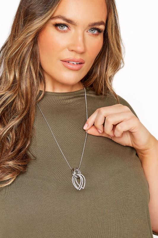 Tallas Grandes Silver Tear Drop Diamante Necklace
