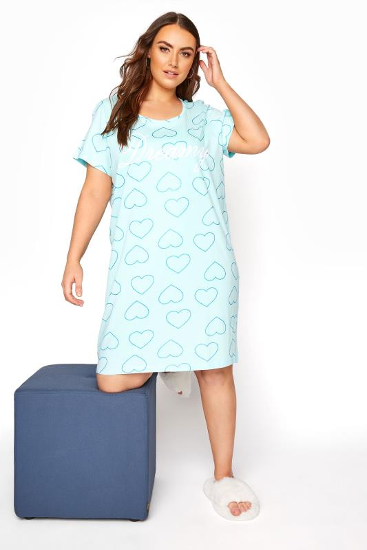 Großen Größen  Light Blue 'Dreamy' Heart Dipped Hem Nightdress