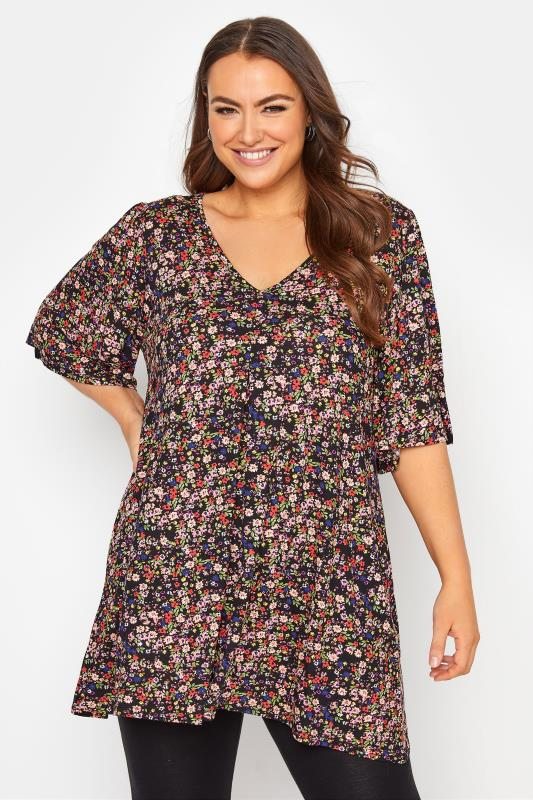 Plus Size  Black Floral Print Pleated Swing Top