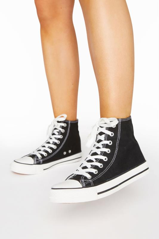 Plus Size  Black Canvas High Top Trainers In Wide Fit