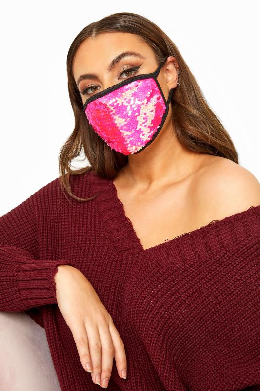 Grande Taille Pink Sequin Face Mask