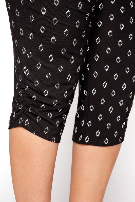 Black Diamond Print Cropped Harem Trousers_E.jpg