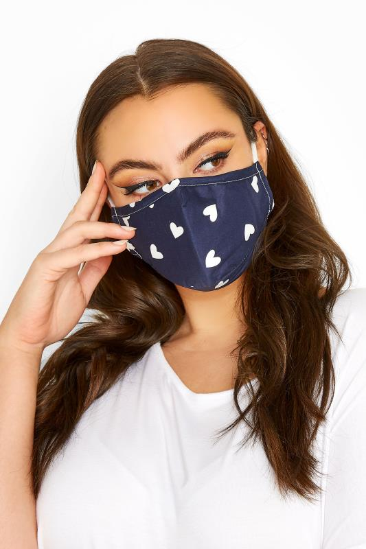 dla puszystych Navy Heart  Print Filtered Face Mask