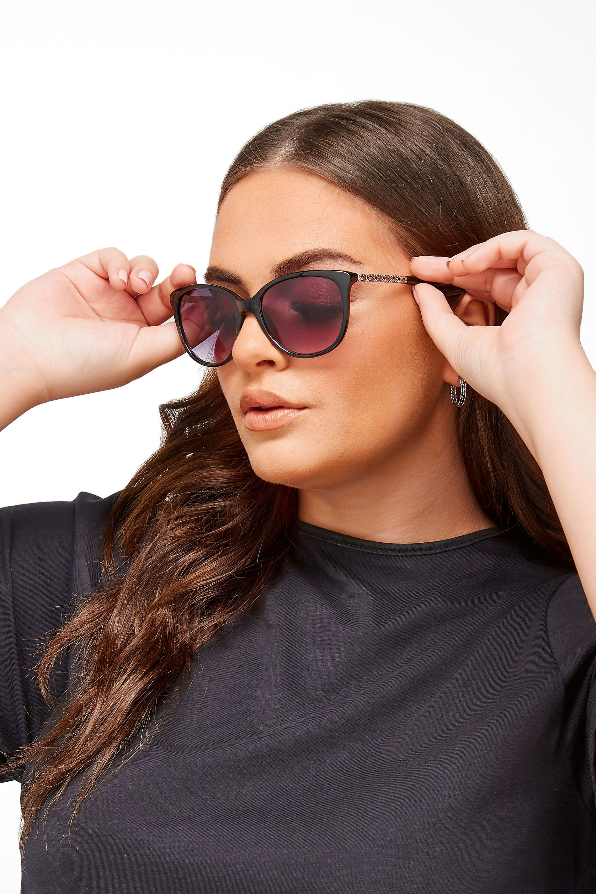 Black Cat-Eye Chain Sunglasses