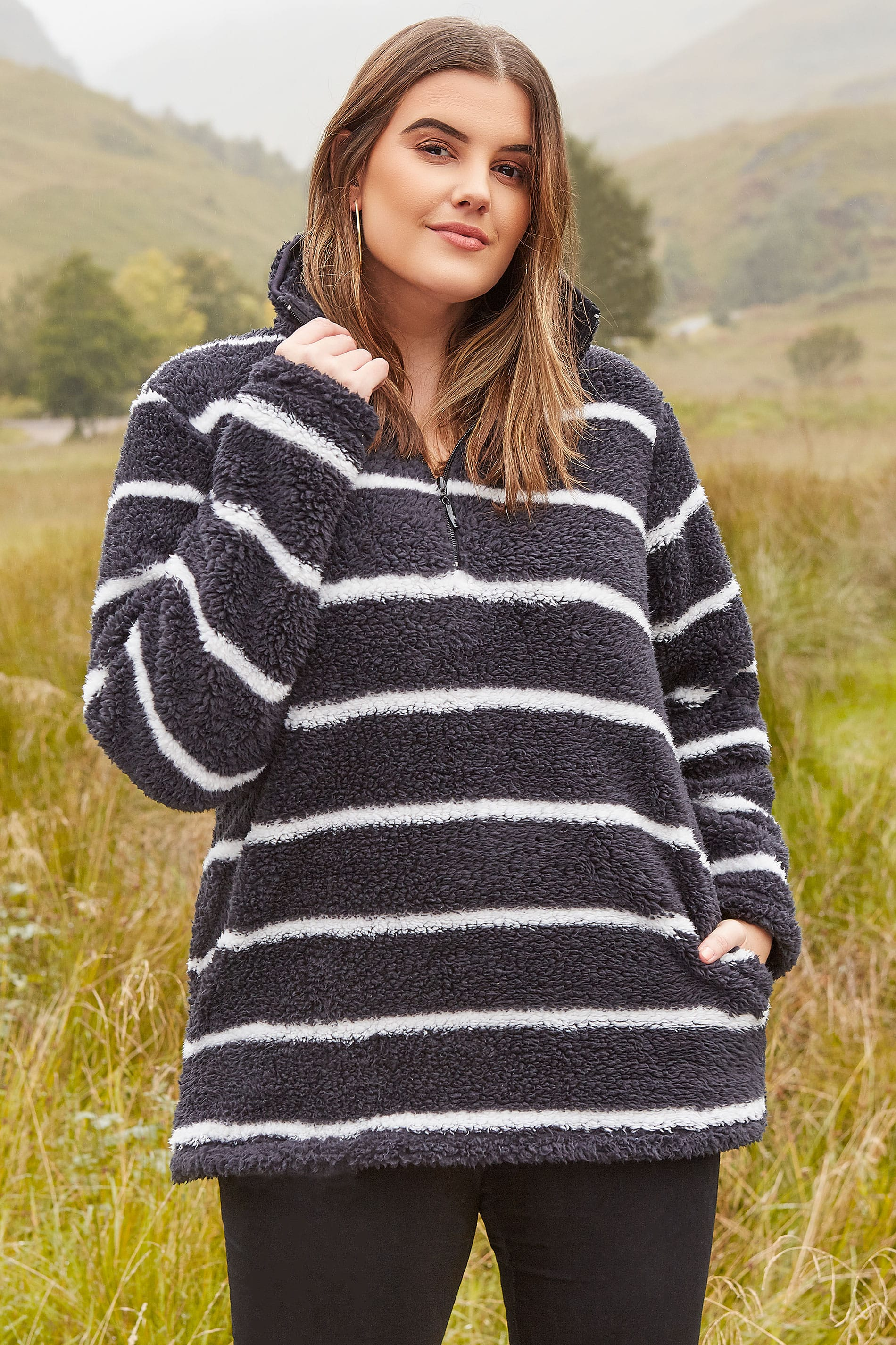 Black & White Stripe Teddy Fleece